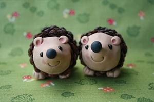 pinecone hedgehog craft